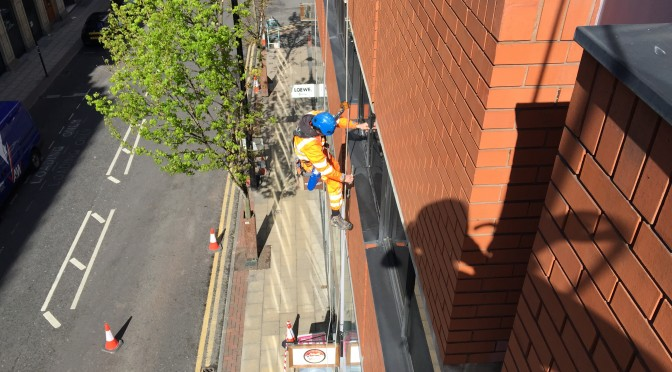 Rope access window cleaning Manchester