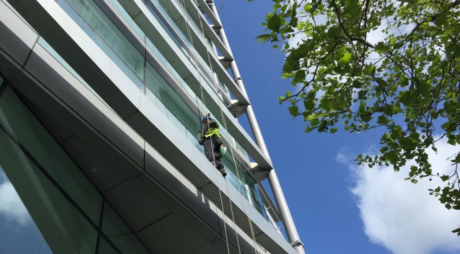 Abseil windows cleaning Park Lane Leeds