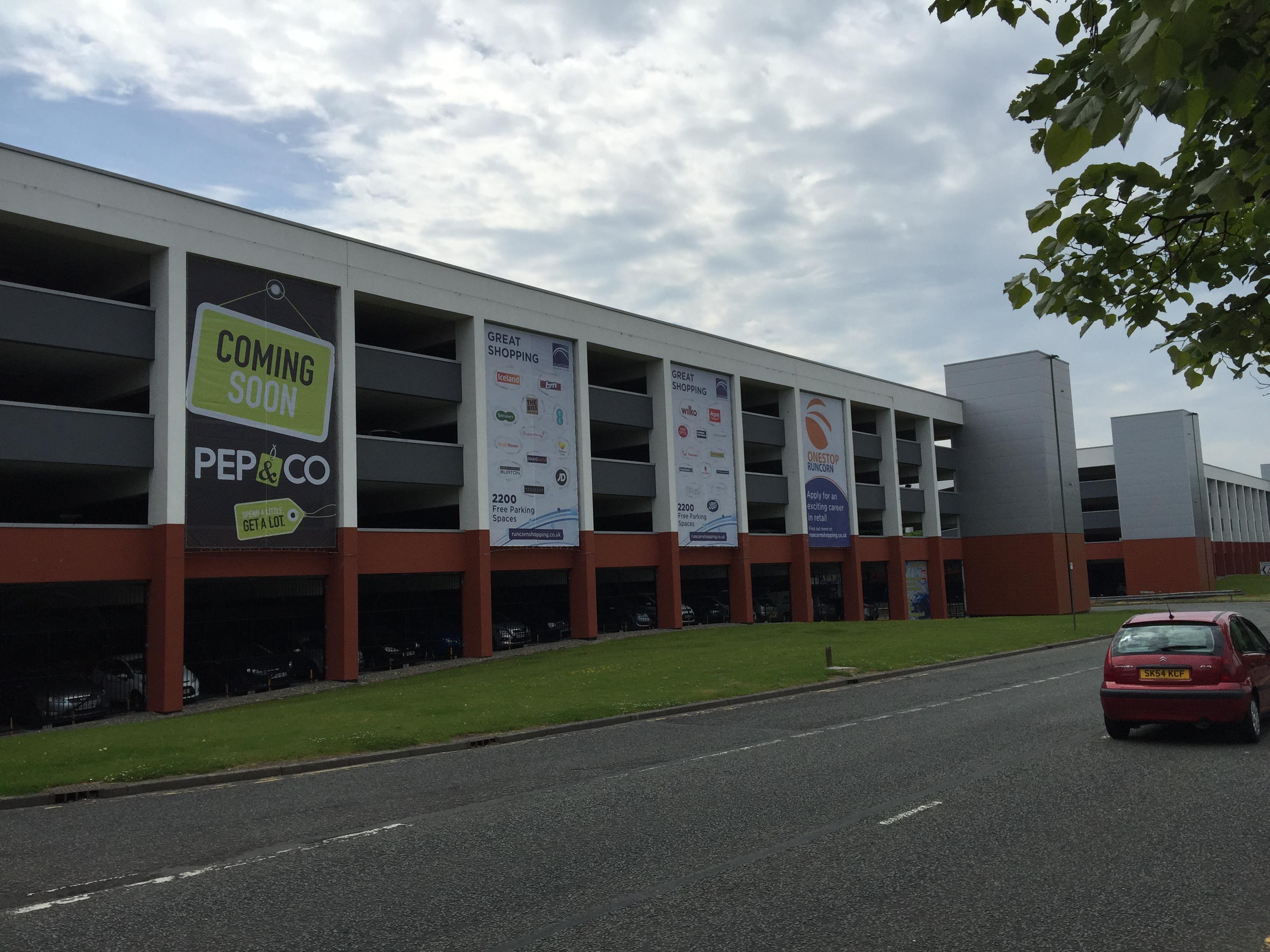 Banner Installation Runcorn Shopping Centre North West